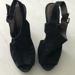 Banana Republic black suede platform shoes